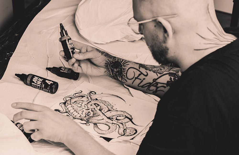 Tätowieren, Needles of Pain, Straubing, Tattoo, Farben, Team,